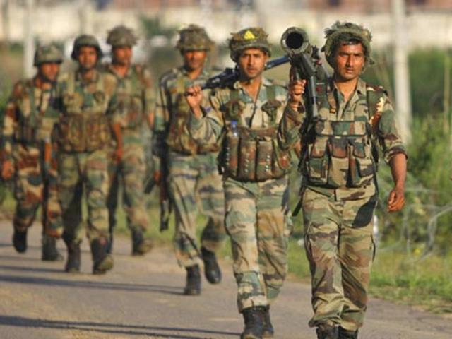 soldiers-indian-army-attacks-terrorist_76e16bba-a5b8-11e5-8463-9460a1f5716a