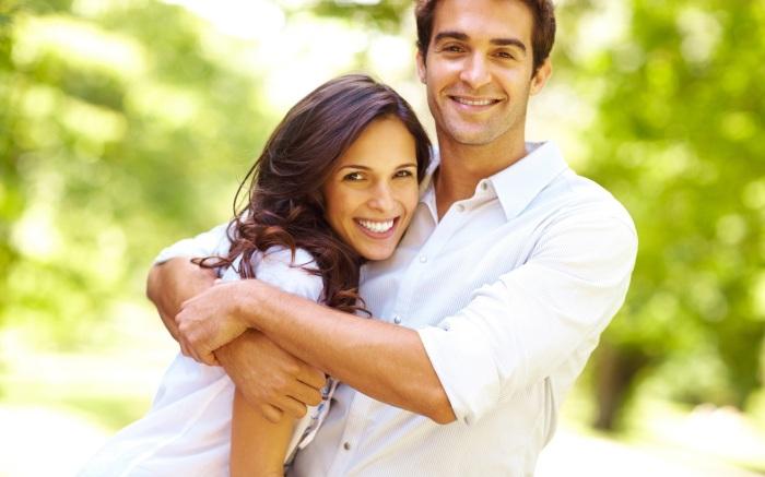 Happy-couple-hugs-and-love-image.jpg